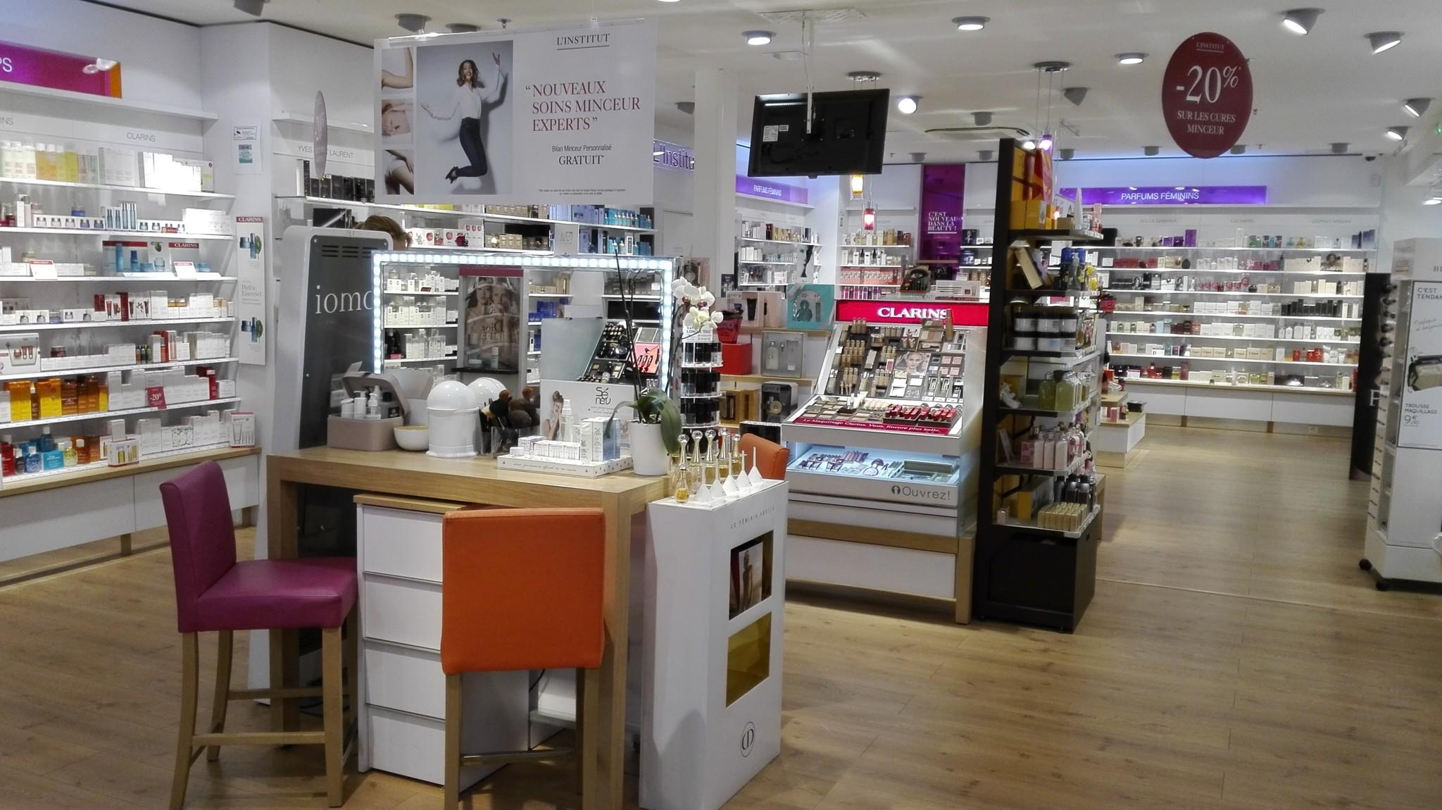 Beauty Success Commercial Carrefour Centre Alençon 0OwP8knX